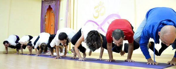 Profesorado Yoga - Curso Avanzado de Formación de Profesores de Yoga