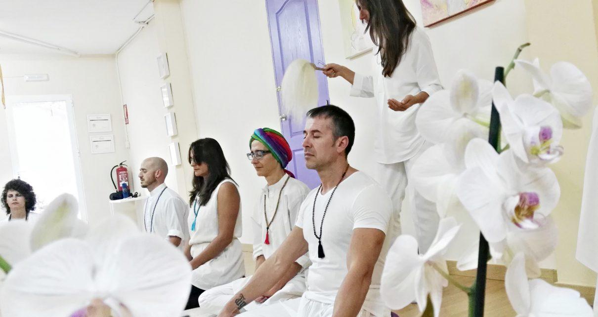 Curso intensivo formación profesores yoga en España
