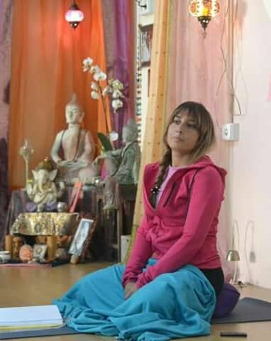 Laura Collantes -profesora de yoga