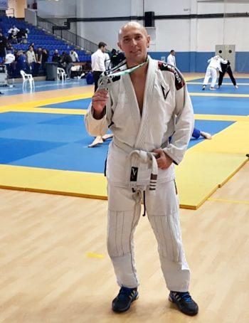 Gleb Loginov Deportista, profesor de yoga