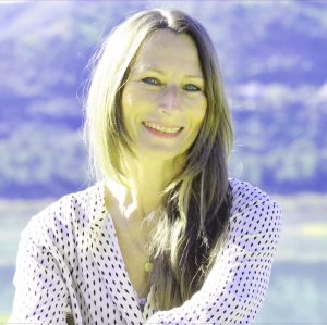 Sabine Schalk Loginova terapeuta y profesora de yoga